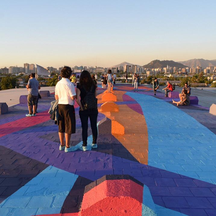 El impresionante mural de 500m2 sobre la cubierta del Persa Víctor Manuel